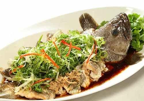 Cá bống chưng tương: