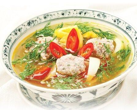 Cá thác lác nấu canh chua