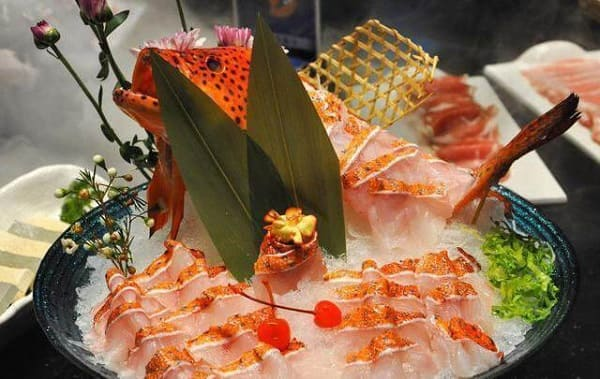 cá mú sashimi